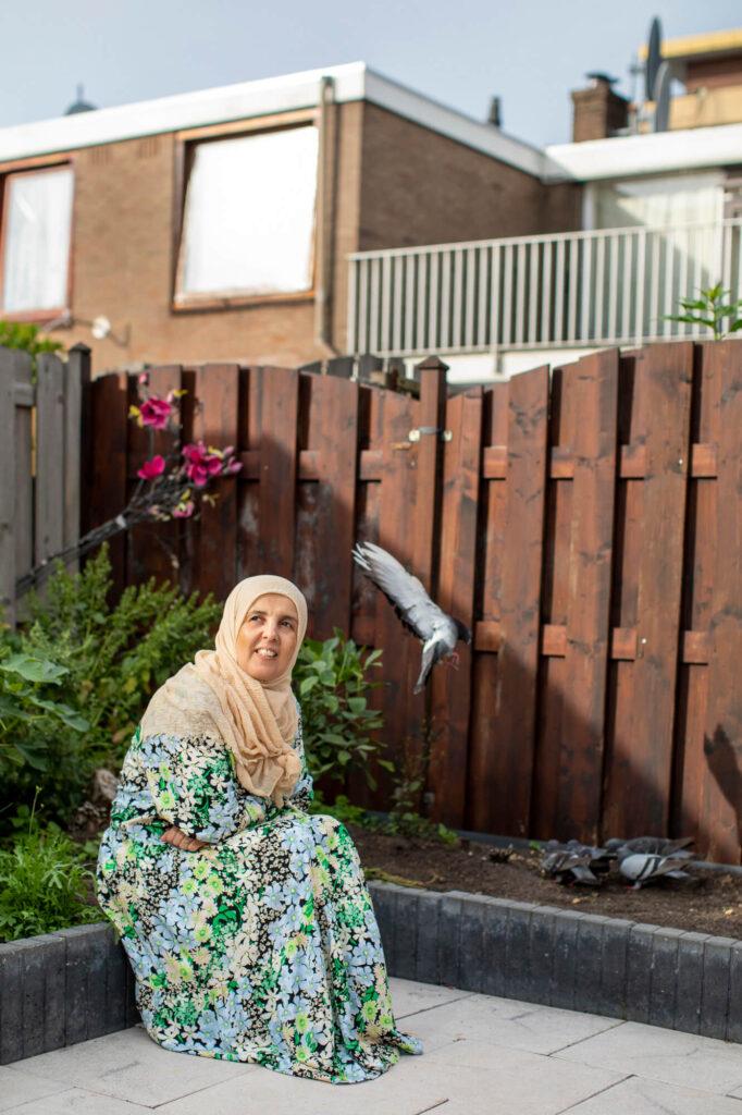 rouwen die muren afbreken - Amina